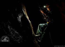 Wojcieszów – pierwsze jaskinie